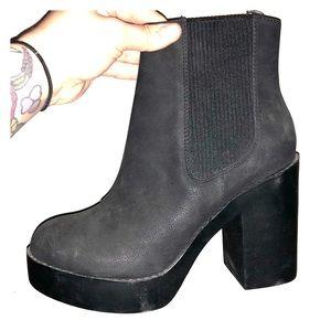 HM platform boots